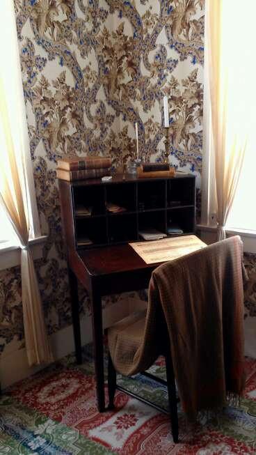 The other presidents' desks